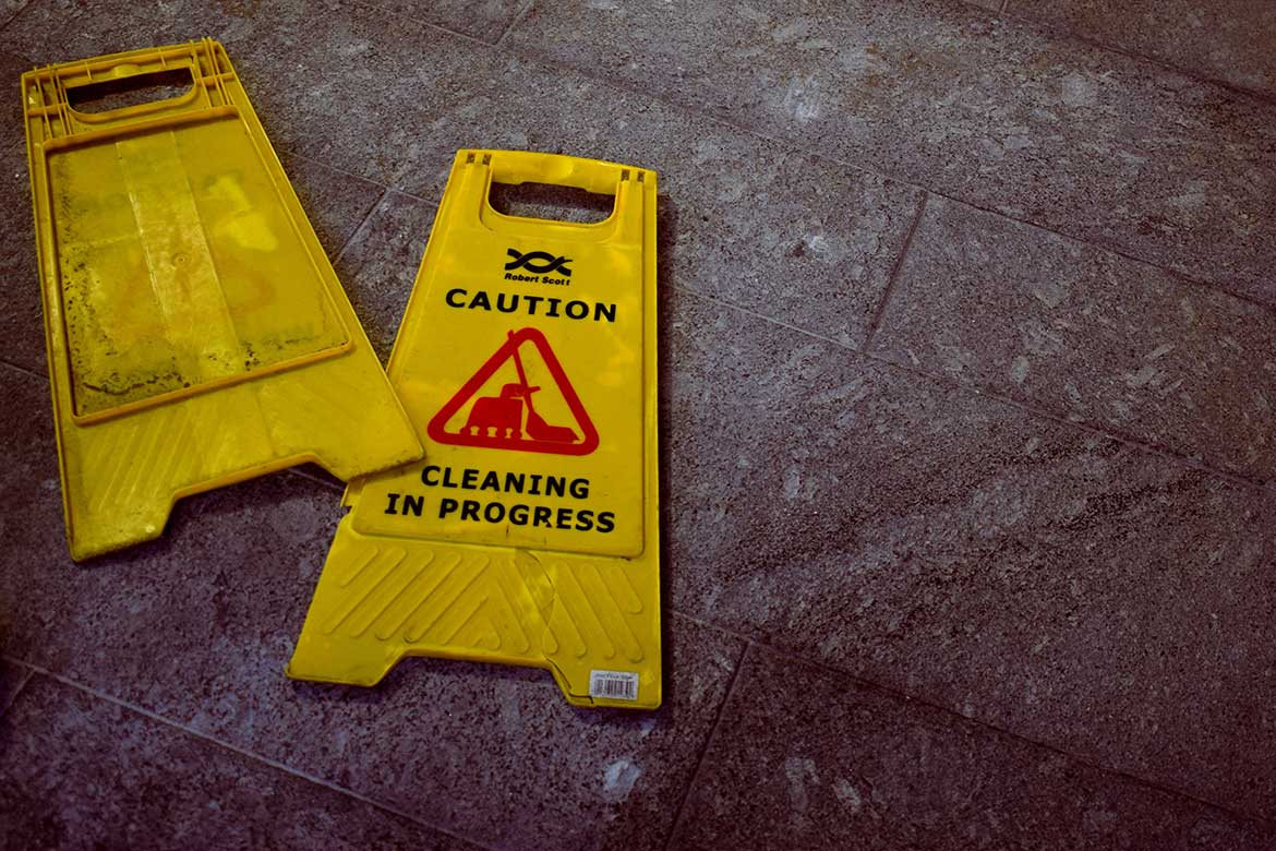 15 Quick Ways To Reduce The Risk Of Slips, Trips And Falls header image